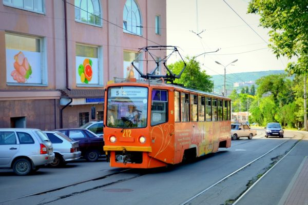 Убыточные трамваи и троллейбусы передадут на баланс Ставрополья