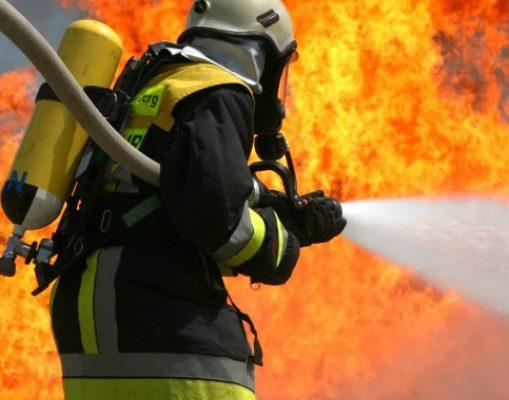 В ставропольской пятиэтажке ликвидировали пожар