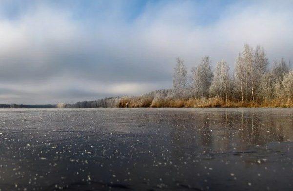 Под лед провалились двое ставропольских подростков