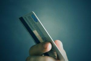 Иностранец ответит за кражу денег с карты ставропольчанина