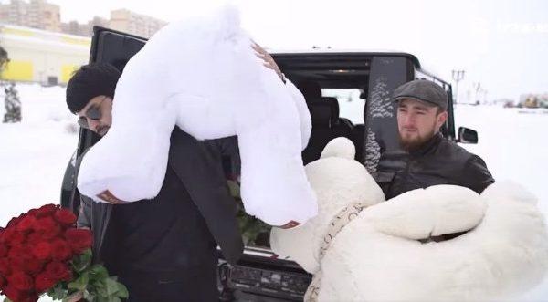 Известный певец из КЧР Ислам Итляшев снял клип на Ставрополье